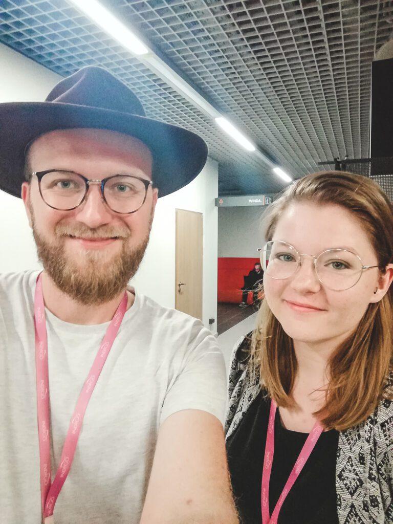 See Bloggers 2019. Busem przez Świat.